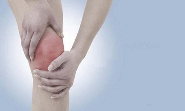 Гемартроз коленного сустава: лечение, симптомы, что это такое