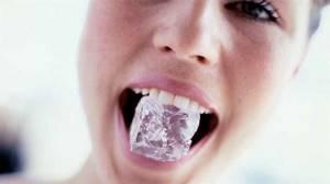 Почему хрустит челюсть при открытии рта и жевании