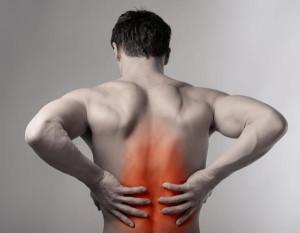 Почему болит позвоночник посередине спины? Методы лечения и устранения боли.