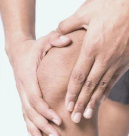 К какому врачу обращаться при болях в суставах, какой врач лечит, как называется