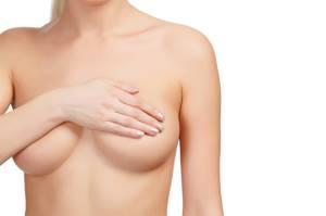 Может ли остеохондроз отдавать в молочную железу: причины и лечение