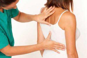 Может ли грыжа позвоночника пройти сама или уменьшиться: как избежать операции