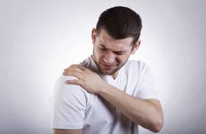 Артроз плечевого сустава: симптомы и лечение, причины и диагностика