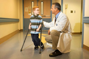 Болезнь Пертеса у детей: лечение, симптомы, причины