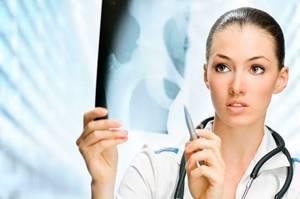 Смещение копчика: симптомы, диагностика, способы лечения