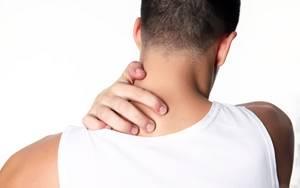 Боль в шее с левой стороны: причины и последствия