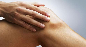 Крутит суставы ног и рук: причины, меры лечения и последствия