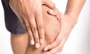 Боль в колене с внешней стороны сбоку: лечение, причины возникновения